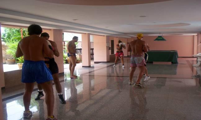 Wako thailand - Allenamento kick boxing a casa ...